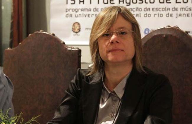 Maria Alice Volpe em Conferência Internacional